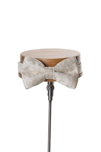 Antique ivory Grooms wedding bow tie