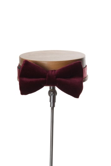 Grooms wedding bow tie burgundy velvet