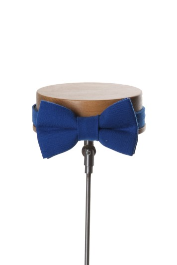 Ascot electric blue Grooms wedding bow tie
