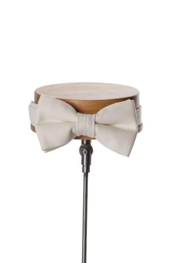 Ascot ivory classic wedding bow tie