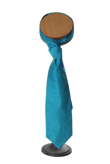 Teal grooms wedding cravat