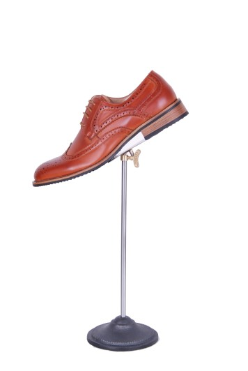 Tan brogue hire shoes